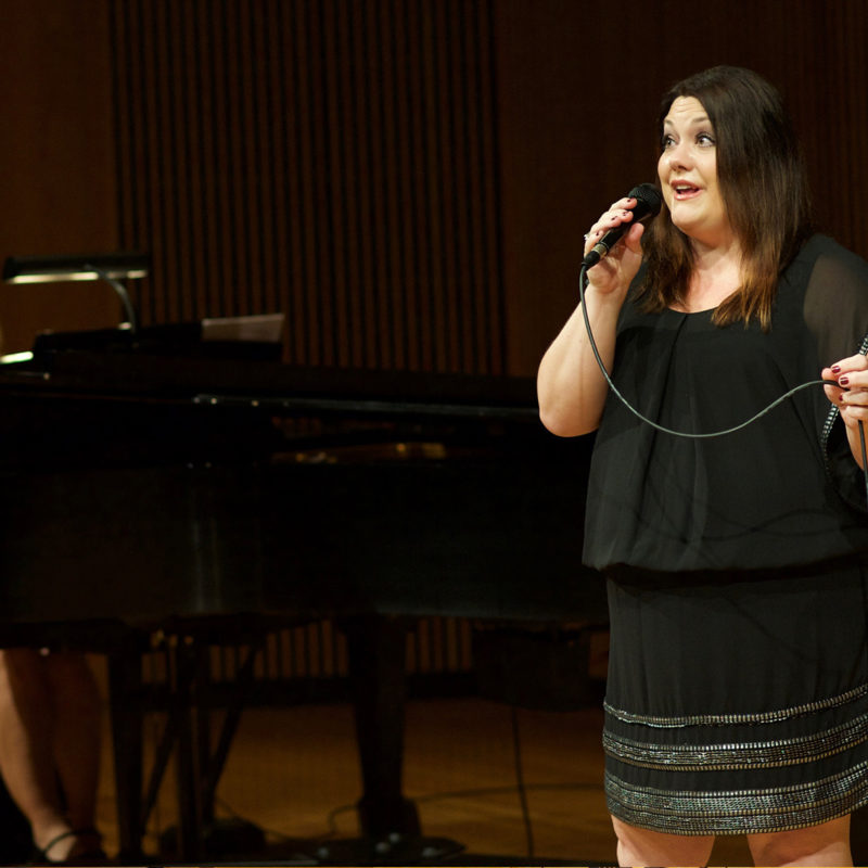 Brooke Elliott performing