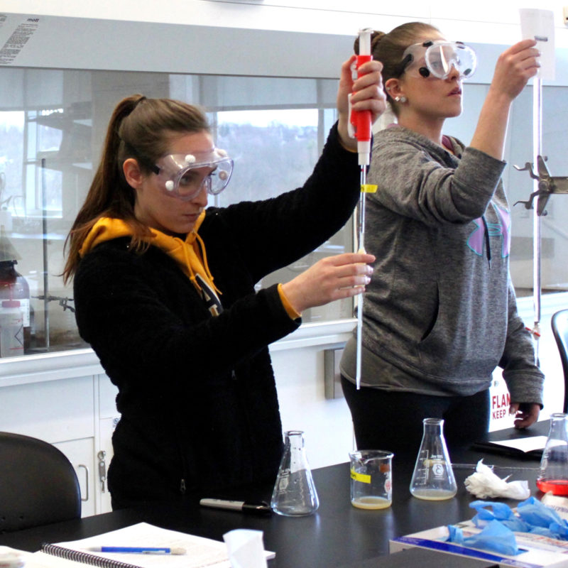 Clarke University Biochemistry Major students in lab