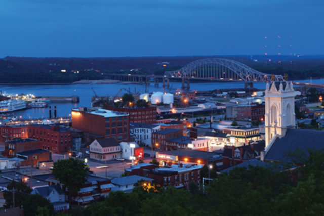 discover-dubuque