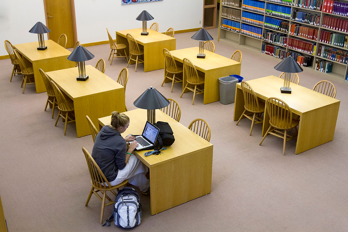 Library_Studying_06