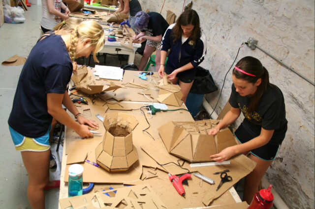 Art majors working on sculpture